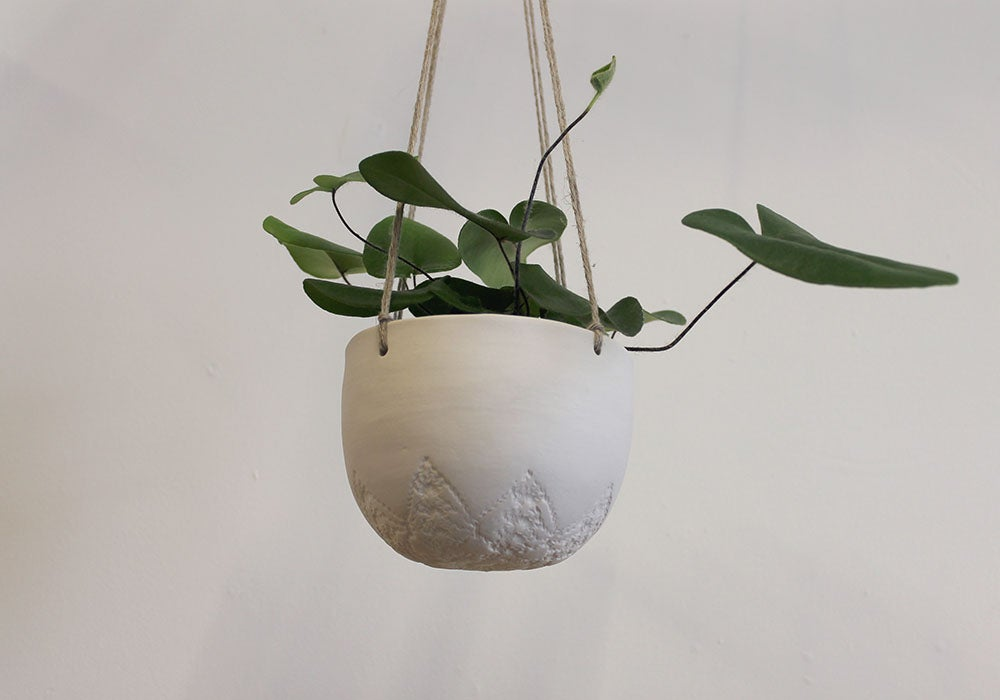 Image of 'NEW' Medium Hanging planter