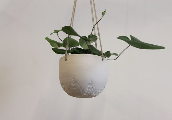 Image of vintage lace star Hanging planter
