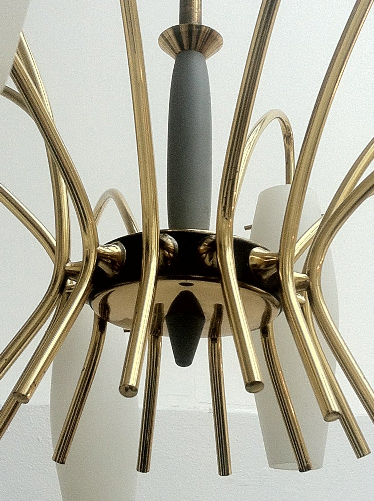 Image of Mid-Century Chandelier in the style of Stilnovo