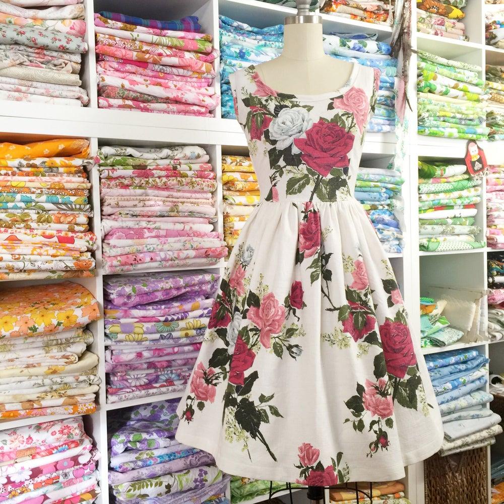 Image of 40s Romantic Roses (custom dress)