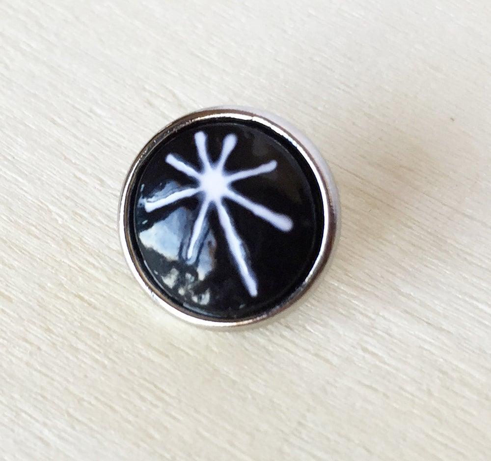 Image of Botón Pequeño 12mm Estrella Negra