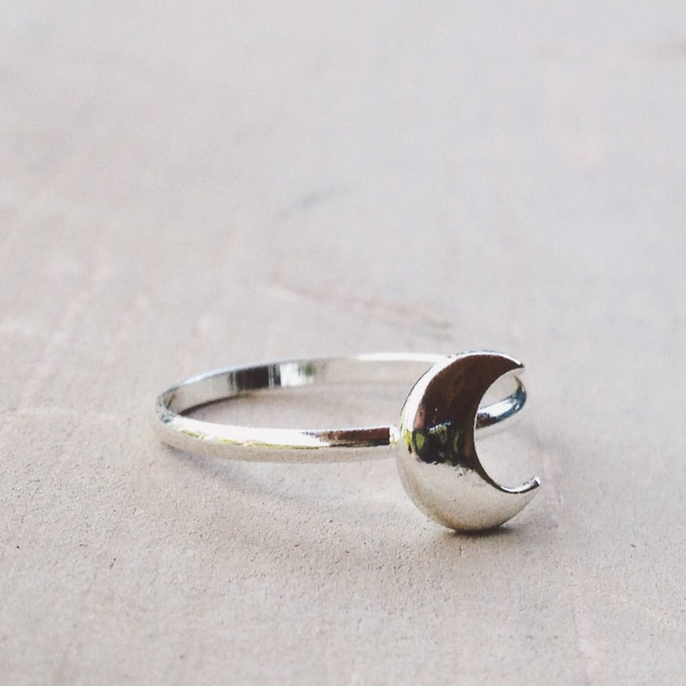 Image of Crescent Moon Ring - size 6.5