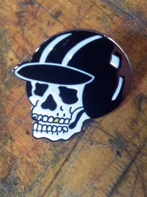 Image of Speed Skull Pin