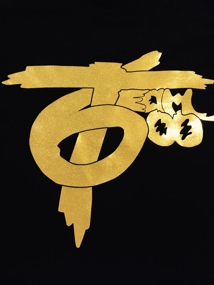 Limited Edition Team 600 T Shirt Gold Glitter Exclusive773