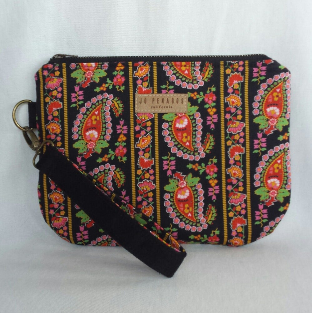 Image of the ROXY bag in collection no. 004