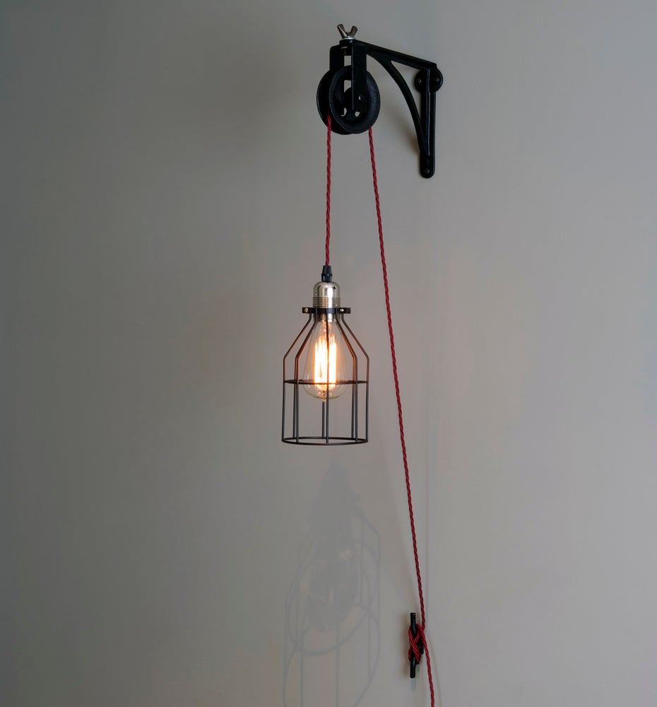 Vintage Wall Mounted Industrial Pulley Light Hutte
