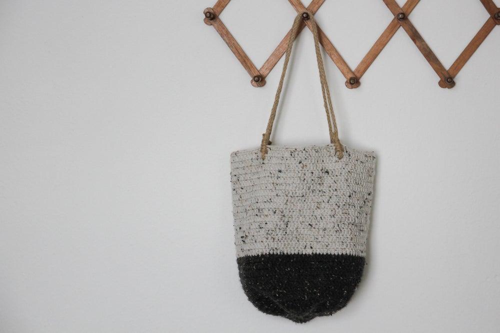 Image of Crochet shoulder bag