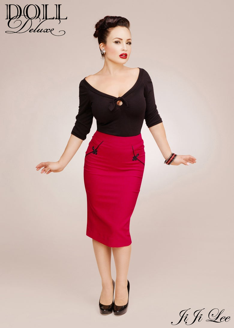 Image of Sweetheart top/black- 3/4 sleeve