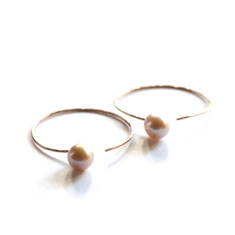 Image of Rose gold hoop earrings with pink pearls