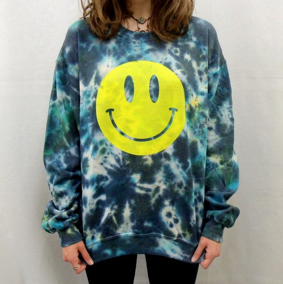 Image of Acid house smiley sweatshirt - Aqua dreams