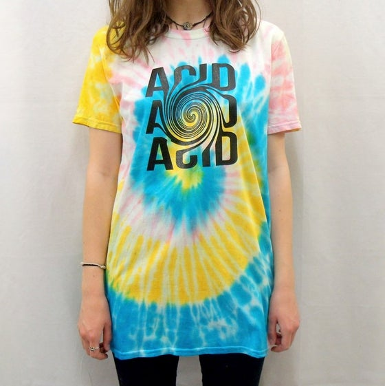Image of Acid illusion spiral tie dye t-shirt