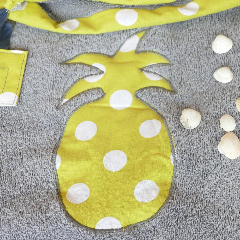 Image of Cape de bain Ananas jaune à pois