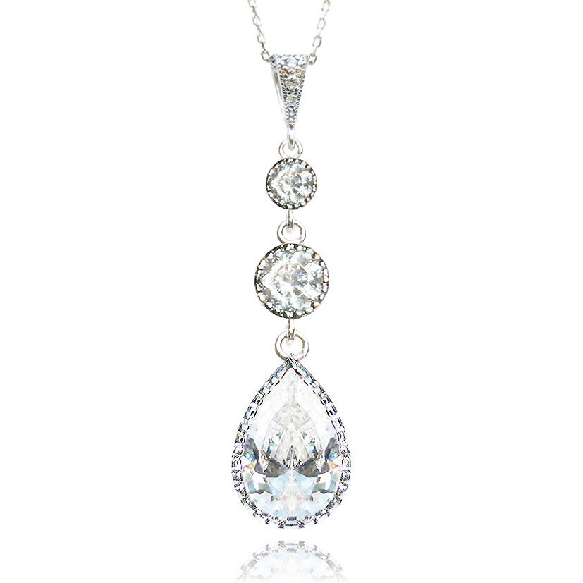 Image of ADORE NECKLACE