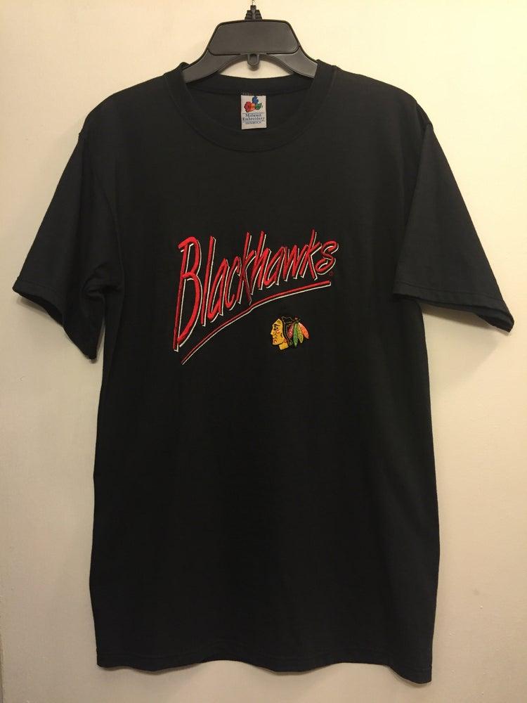 Chicago blackhawks vintage embroidered script t shirt size Chicago blackhawks t shirts vintage