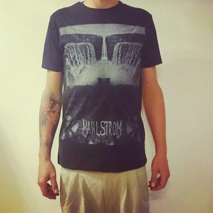 """Image of """"Wasserfall"""" T-Shirt (Fairtrade)"""