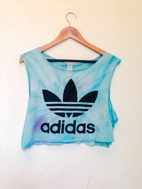 retro adidas crop top. Black Bedroom Furniture Sets. Home Design Ideas