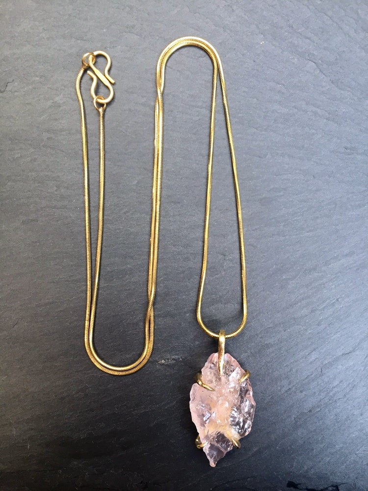 Image of Claw necklace with rose quartz