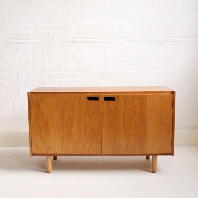 Image of Mid-century sideboard/cabinet