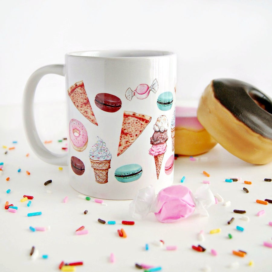 "Image of ""Fave Craves"" mug"