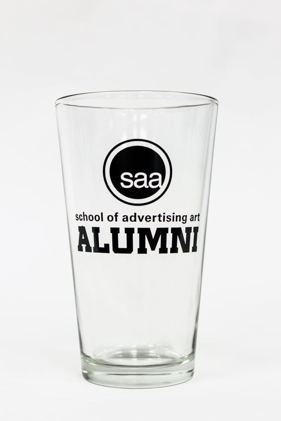 Image of SAA alumni pint