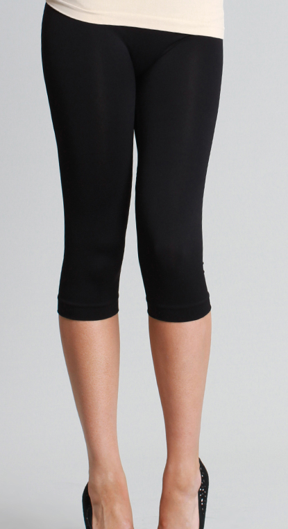 Image of Capri Leggings by Nikibiki