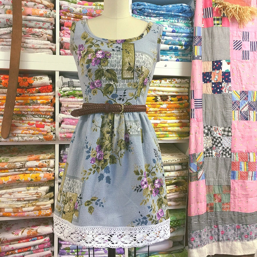 Image of Lilac Trellis Mini Summer Folk
