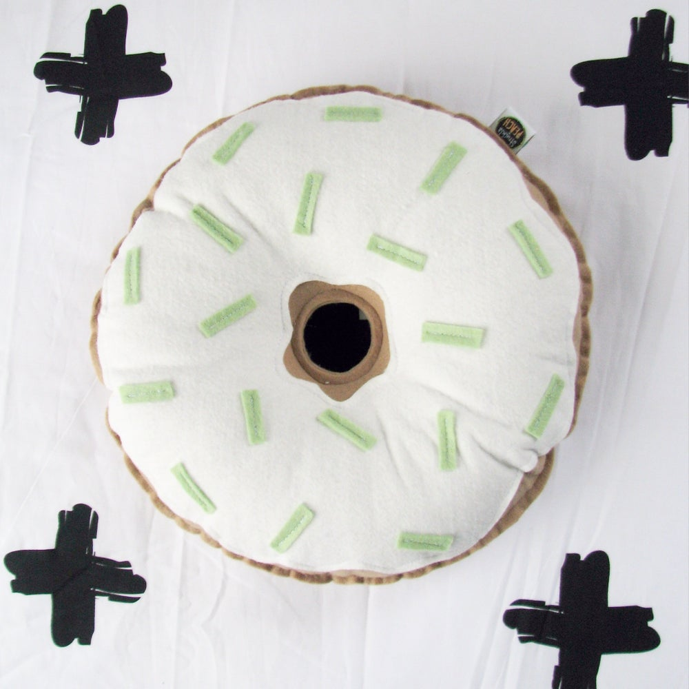 Image of THE PASTEL DONUTS - MINT AND CREAM