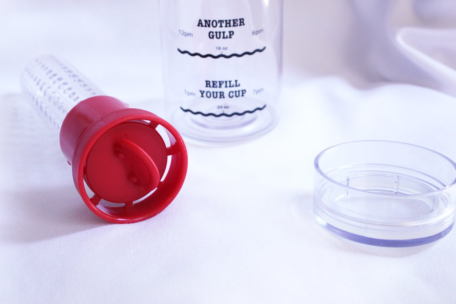 Image of Infusion Water Bottle with Drink Tracker - Red