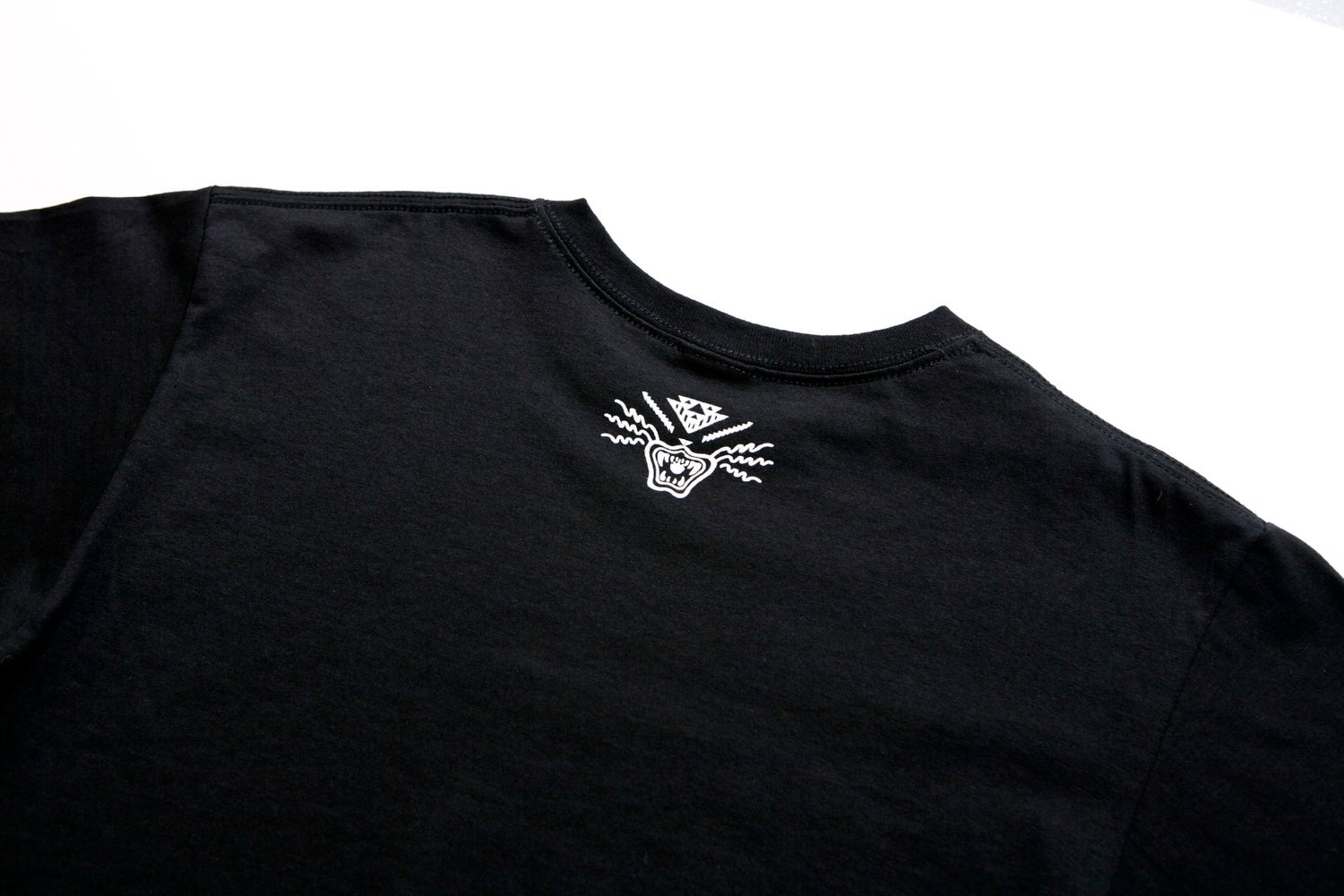 Image of TI$A LOGO T-SHIRT