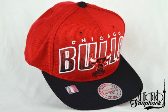 Image of CHICAGO BULLS WINDY CITY MITCHELL & NESS NBA DOUBLE BONUS SNAPBACK HAT