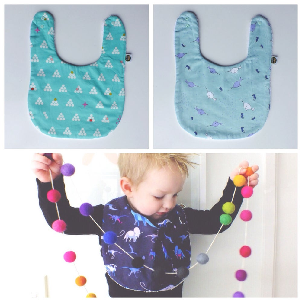 Image of FEEDER BIBS - MINT AND WHALES