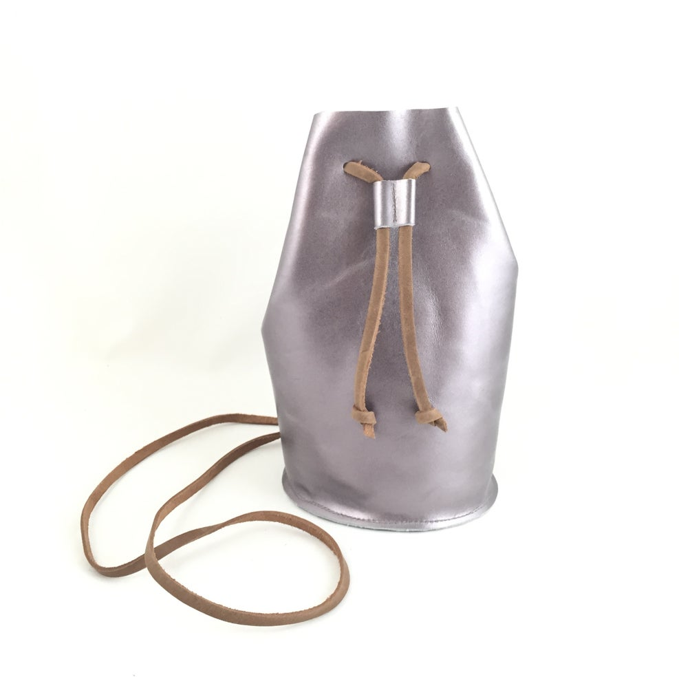 Image of draw string pouch (silver)