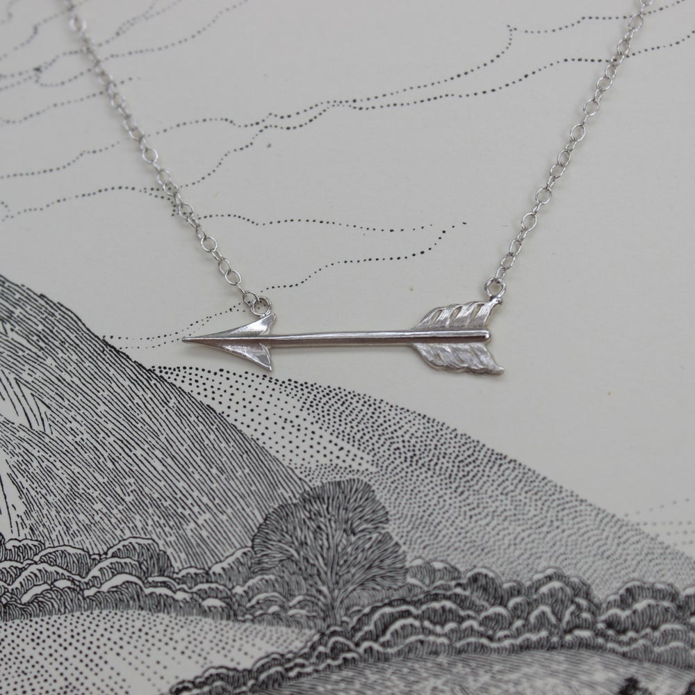 Image of silver arrow necklace