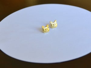 Image of Cat Studs