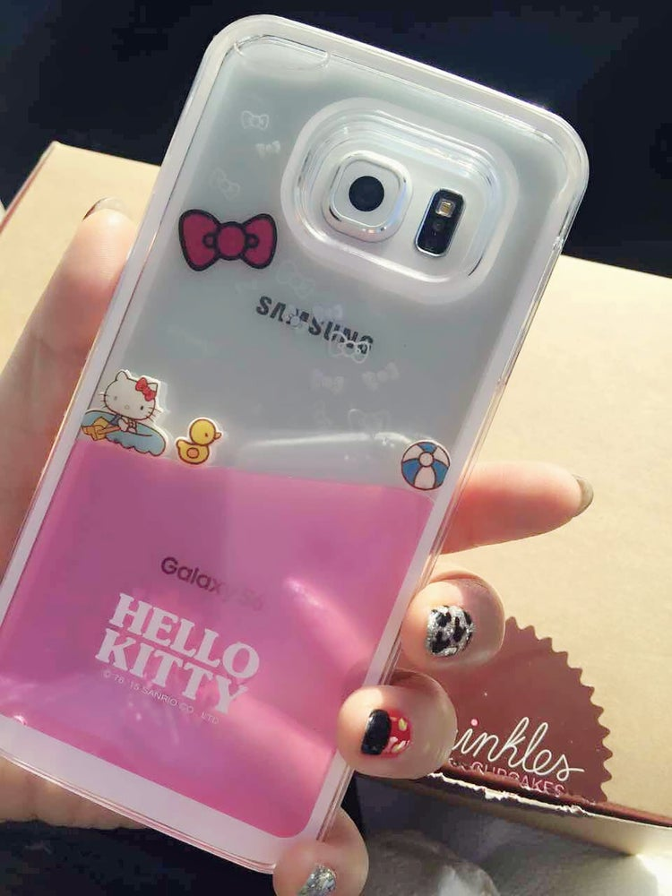 Image of Hello Kitty Liquid-Filled Cellphone Case