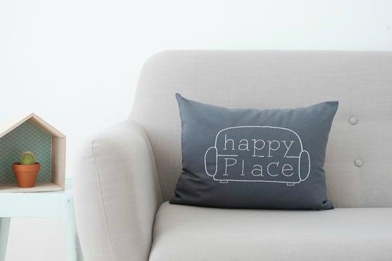 Image of Cojín Happy Place (Funda)