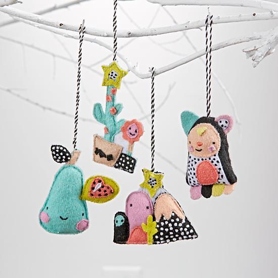 Image of Festive Ornaments Set