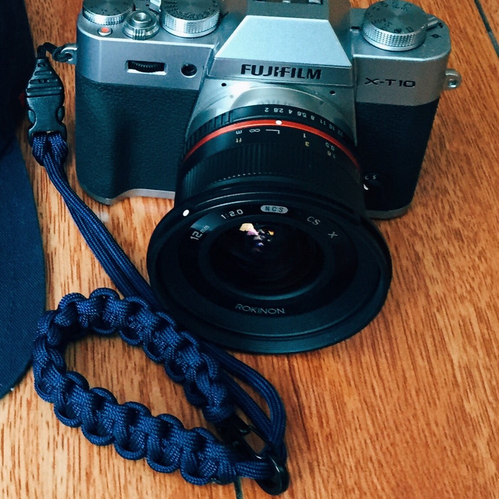 Image of Single strap with carabiner and quick release buckle/nylon loop