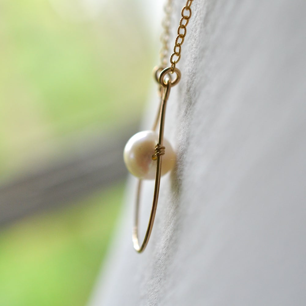 Image of White cultured freshwater oval pearl teardrop pendant necklace
