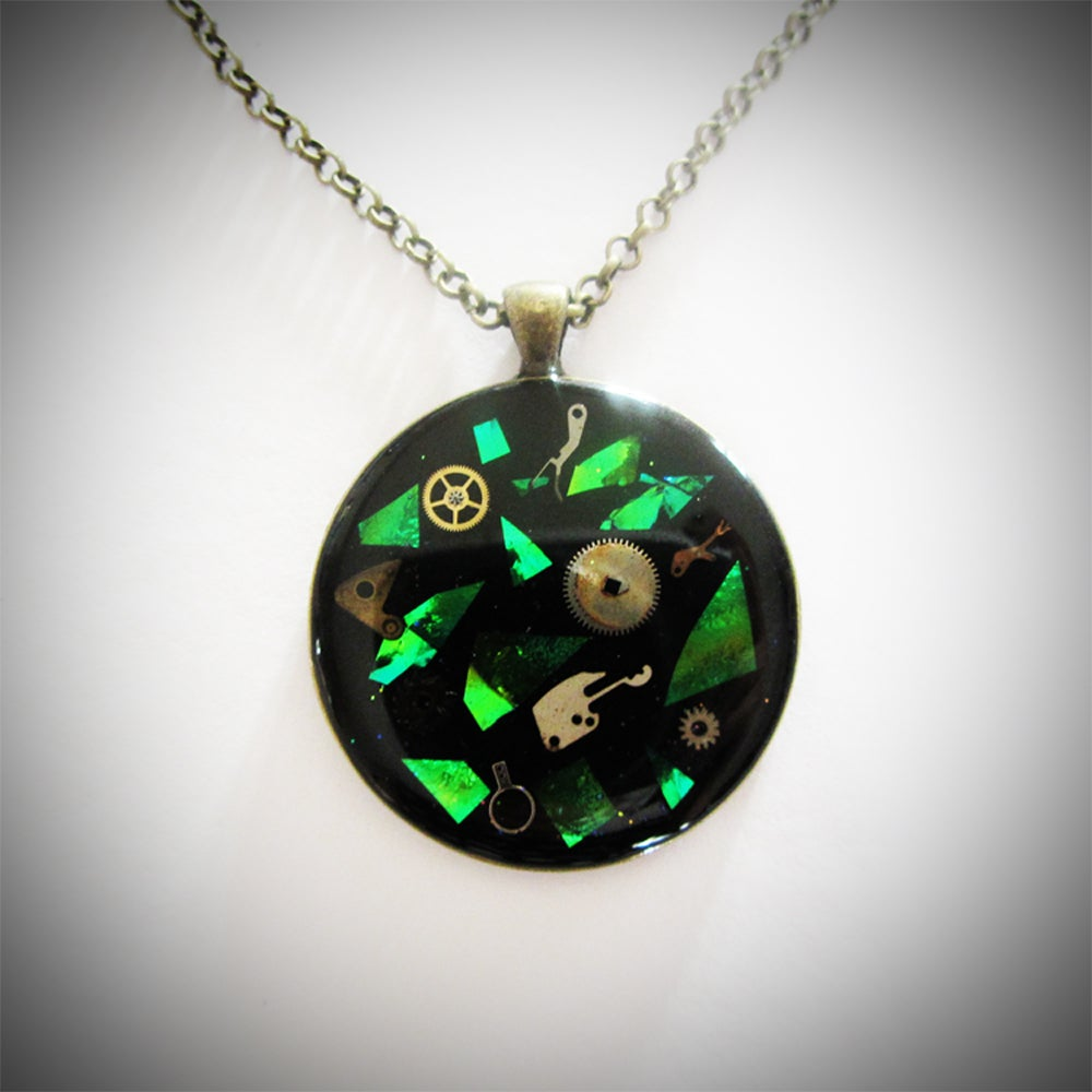 Image of Emerald Steampunk Round Bronze Pendant