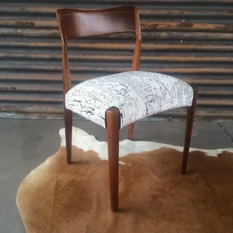Image of TH Brown Spade Back Dining Chairs Set of 6