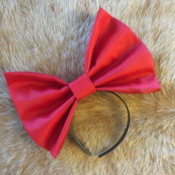 """Image of """"KNOCKOUT"""" Hair Bow *Handmade by Millionaires*"""