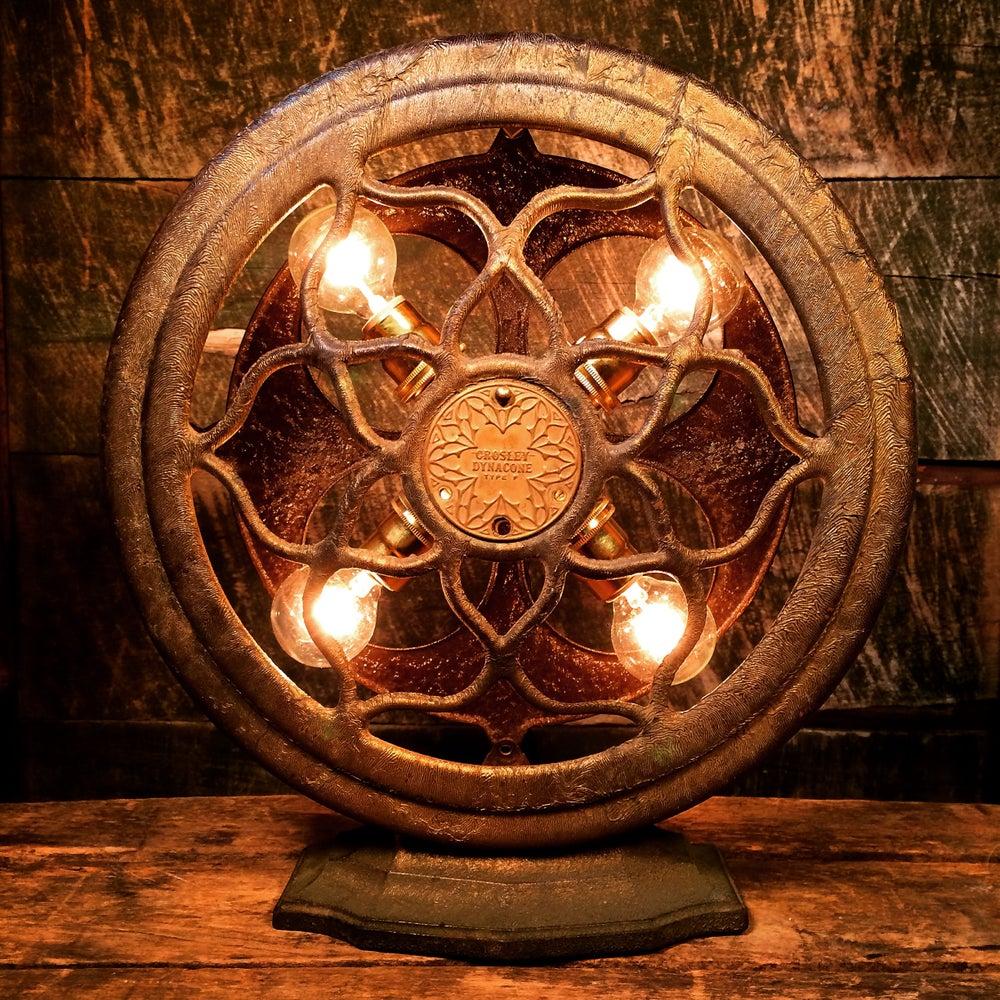 "Image of Crosley ""Dynacone"" Type F Radio Speaker Lamp"