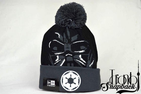 Image of STAR WARS GALACTIC BIGGIE DARTH VADER BEANIE