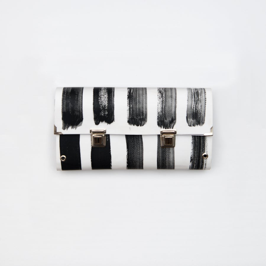 Image of Strip-ink / Clutch bag / Double closure