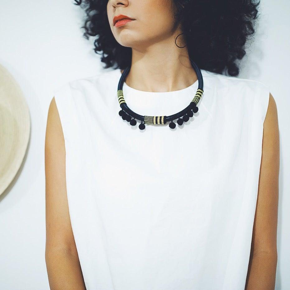 Image of Noir Oro textile necklace