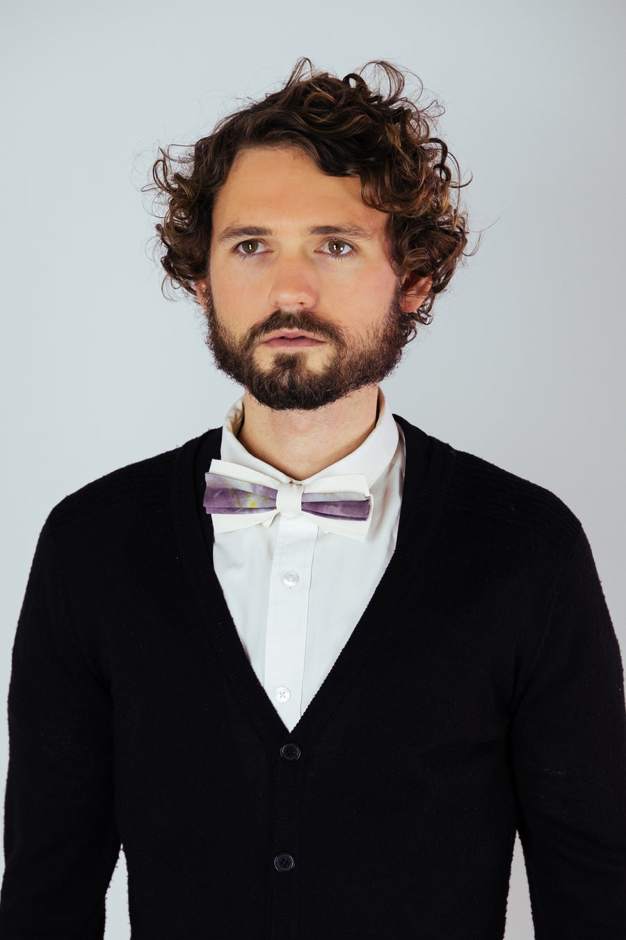 Image of Men's Silk Bow Tie / Artistic Purple Accent