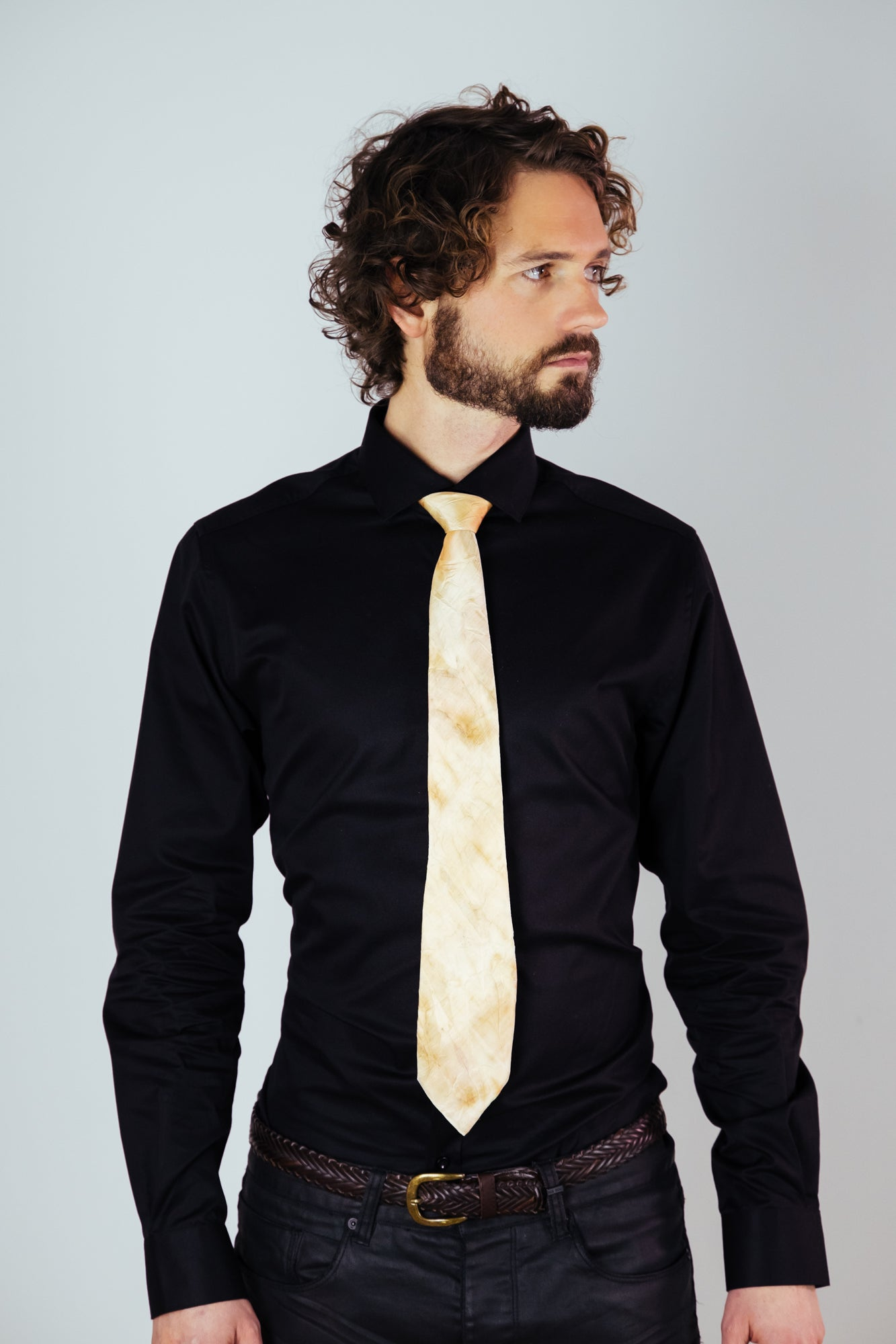 Image of Men's Silk Neck Tie w/ Eucalyptus Print