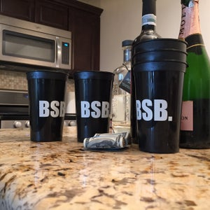 Image of 8 or 25 Pack BSB. Logo 20 oz Cup