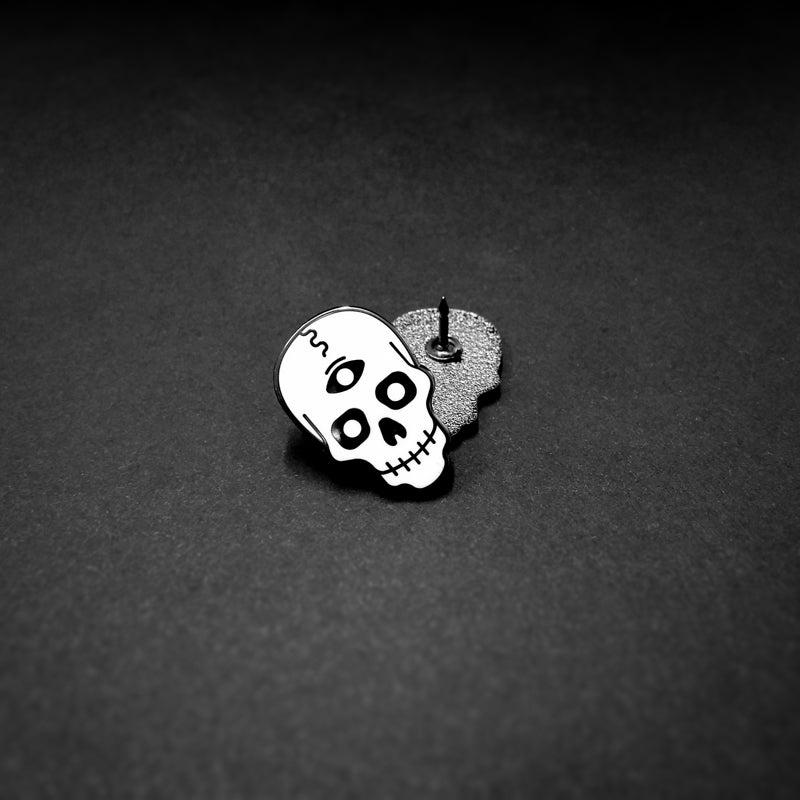 Image of Ernfrid the Psychic Skull - Enamel Pin